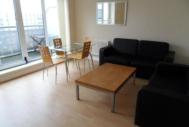 1 bed flat to rent in Wards Wharf Approach, Royal Docks, London E16
