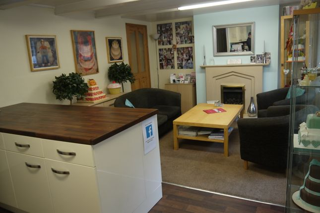 Restaurant/cafe for sale in Bakers & Confectioners LS27, Morley, West Yorkshire