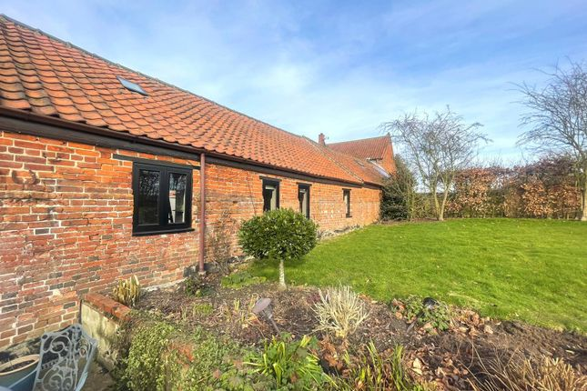 Thumbnail Barn conversion to rent in Moulton St. Mary, Norwich