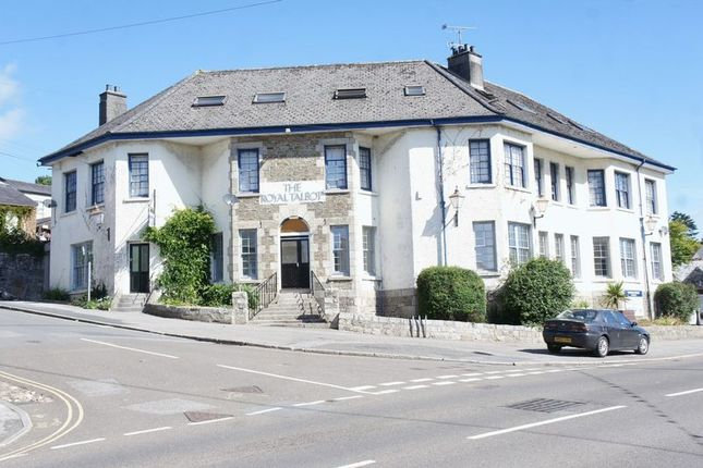 2 bed flat for sale in Duke Street, Lostwithiel