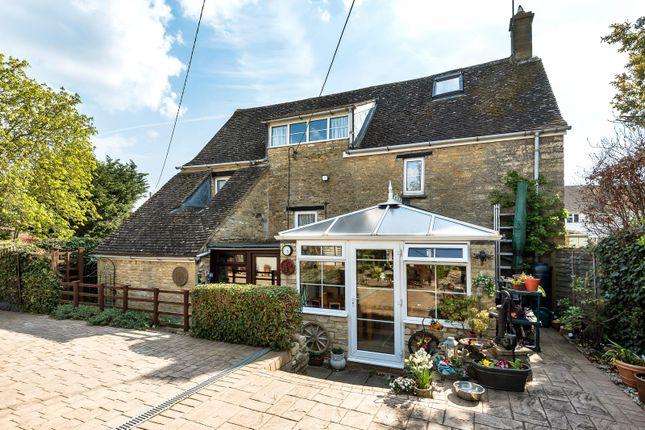 Thumbnail Cottage for sale in Bull Street, Aston, Oxon