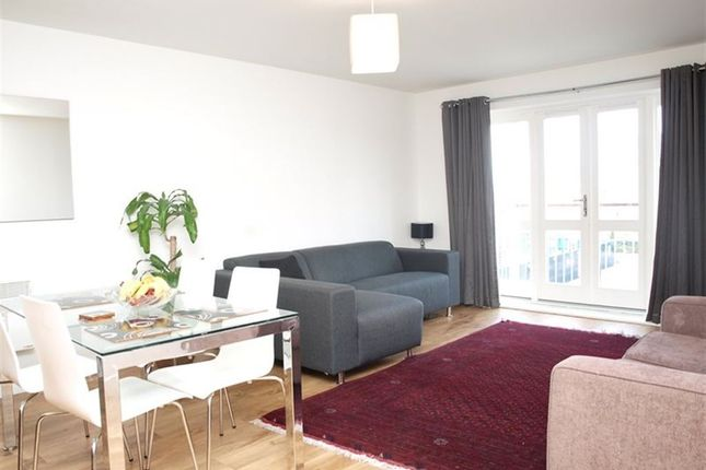 Thumbnail Flat to rent in Jefferson House, Park Lodge Avenue