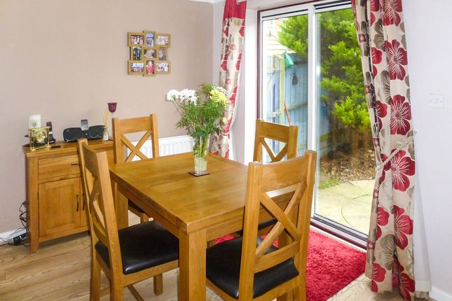 Thumbnail Link-detached house for sale in Stone Close, Braintree