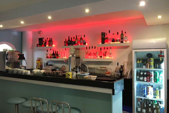 Thumbnail Restaurant/cafe for sale in On The Port, Fuengirola, Málaga, Andalusia, Spain