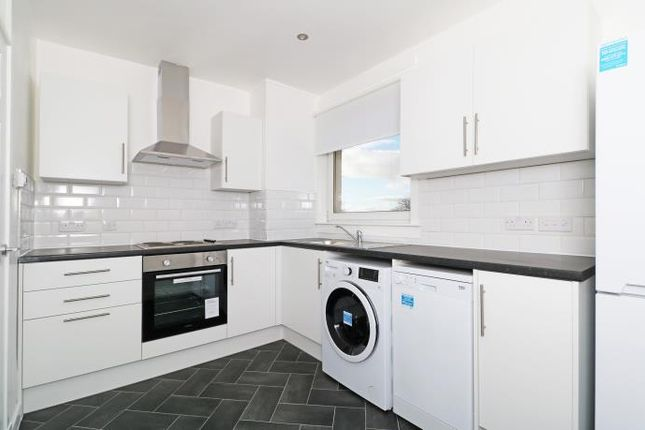 Thumbnail Maisonette to rent in Lossie Place, Dundee