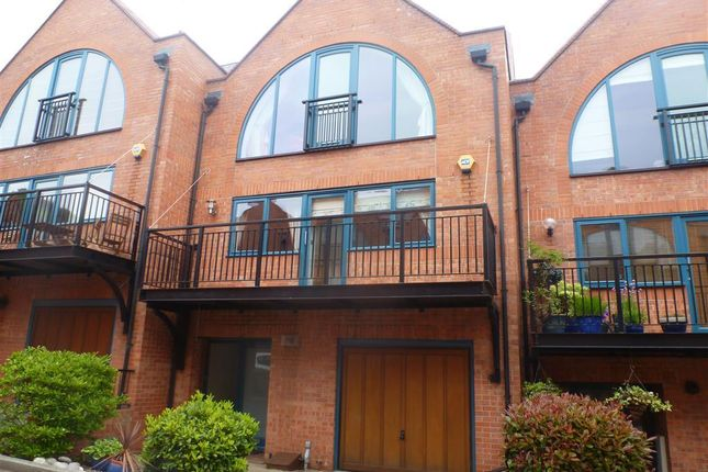 Thumbnail Town house to rent in Cordage Court, Lincoln