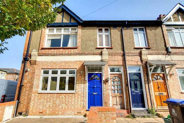 2 bed maisonette to rent in Tolworth Park Road, Tolworth, Surbiton KT6