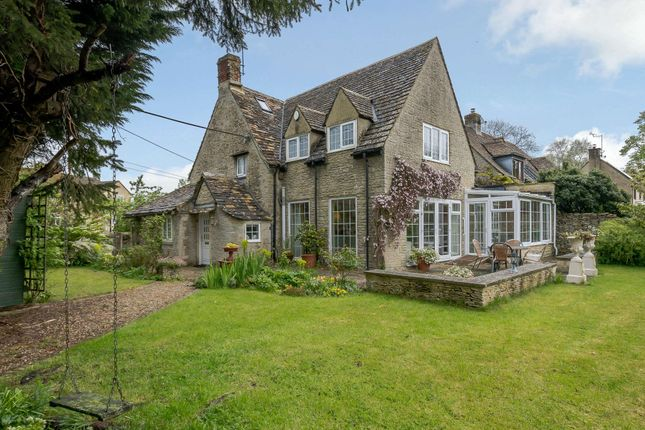 Thumbnail Detached house for sale in Dunfield, Fairford, Gloucestershire
