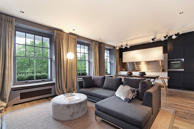 Thumbnail Flat to rent in Cadogan Square, Knightsbridge, London