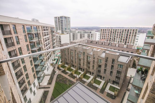 Thumbnail Flat to rent in Compass House, Royal Wharf