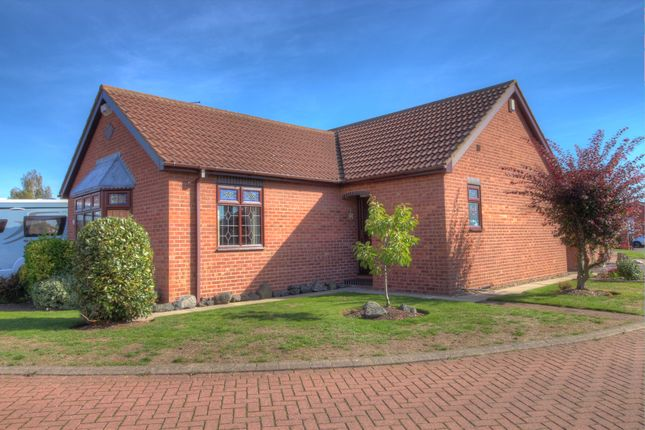 Thumbnail Bungalow for sale in Garbutt Close, Preston, Hull