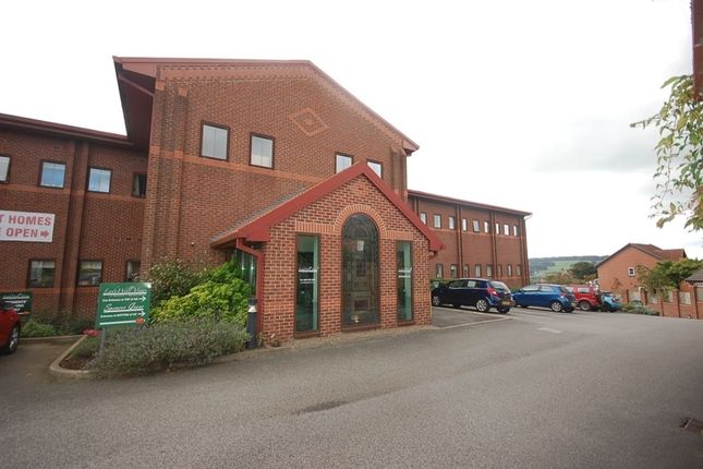Thumbnail Flat to rent in Springwood Gardens, Belper