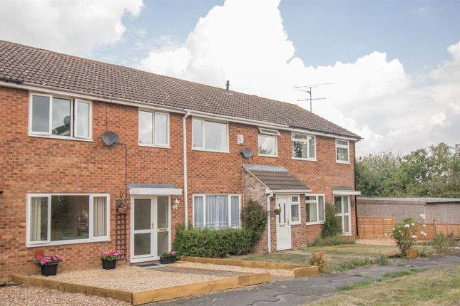 Thumbnail Terraced house for sale in Orwell Drive, Aylesbury