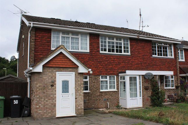 Thumbnail Property to rent in Waterside Close, Bordon