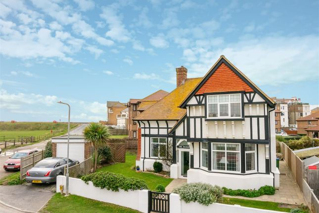 Thumbnail Detached house for sale in College Road, Seaford