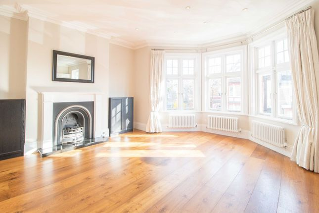 Thumbnail Flat to rent in St. Pauls Avenue, London