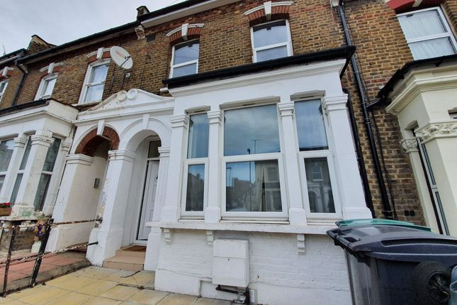 Thumbnail Terraced house to rent in St Albans Crescent, Wood Green, London