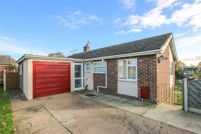 Thumbnail Bungalow for sale in Highfield Road, Saxilby, Lincoln