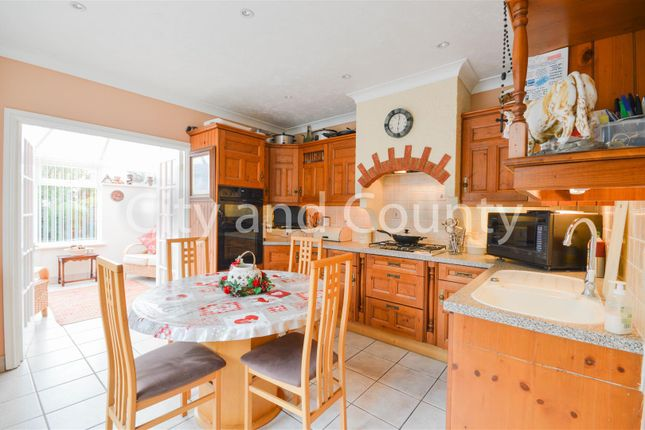 Kitchen -Breakfastroom1