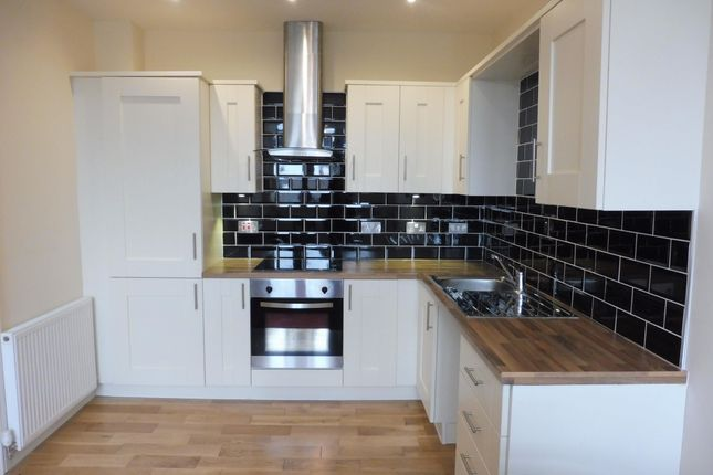 1 bed flat to rent in Richardshaw Lane, Pudsey