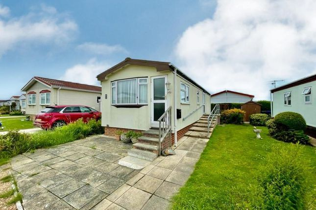Thumbnail Mobile/park home to rent in Windsor Way, Broadway Mobile Home Park, Lancing