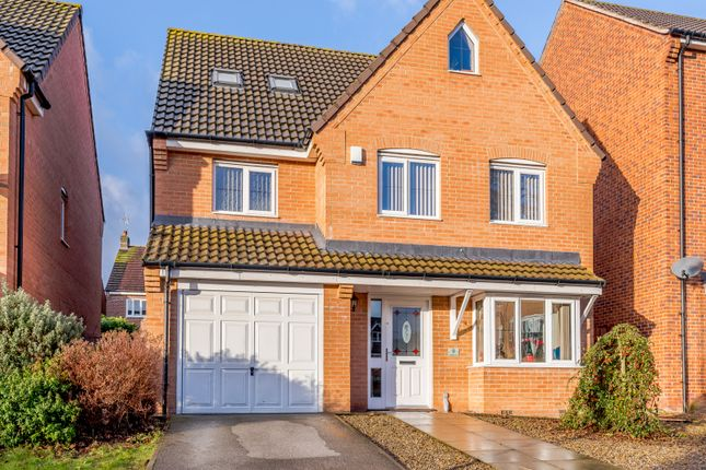 Thumbnail Detached house for sale in Woodland Drive, Leeds