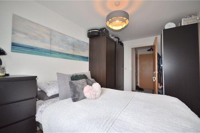 Bedroom of Kelvin Gate, Bracknell, Berkshire RG12
