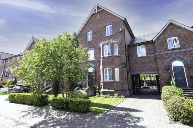 2 bed flat for sale in Walls Avenue, Chester, Cheshire CH1