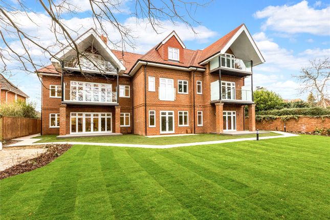 Thumbnail Flat for sale in Apartment 4, By The Green, Shoppenhangers Road, Maidenhead, Berkshire