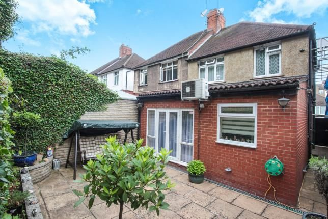 Thumbnail Semi-detached house for sale in Farley Hill, Luton, Bedfordshire, England