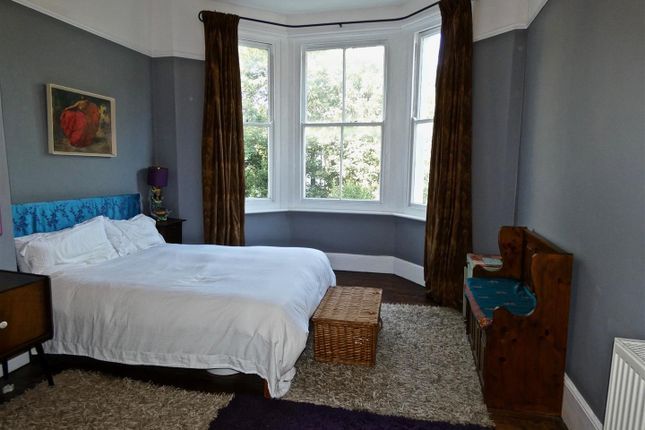 Large Bedroom With Character Bay Window