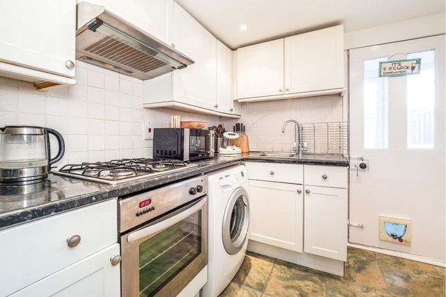 Thumbnail Terraced house for sale in Gaitskell Road, London