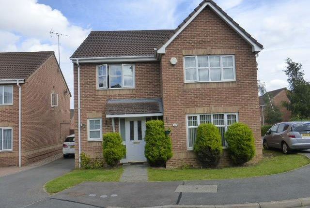 Thumbnail Property to rent in Crome Close, Wellingborough