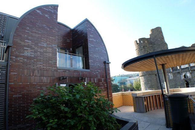 Thumbnail Duplex to rent in Castle Lane, Swansea