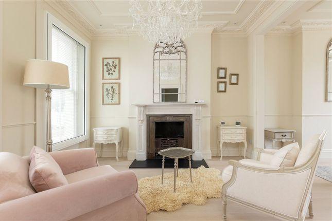 Thumbnail Town house to rent in Trafalgar Avenue, London