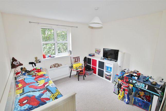Bedroom 2 of Canavan Court, Falkirk FK2