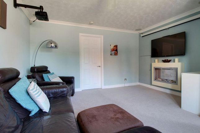 Picture No. 13 of Harwich Close, Lower Earley, Reading, Berkshire RG6