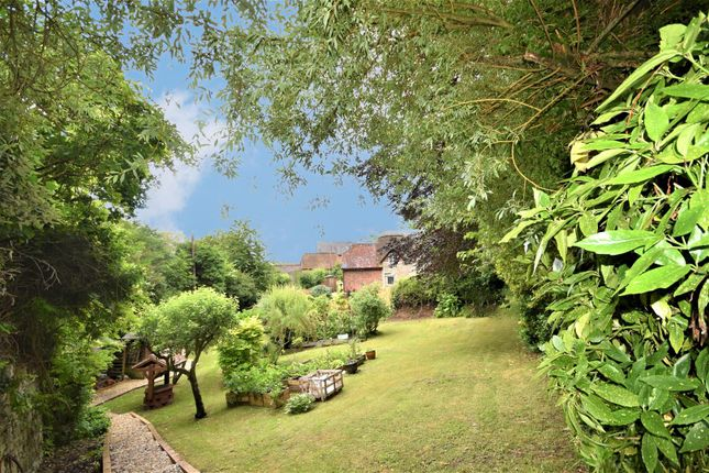 Thumbnail Cottage for sale in Compton Abbas, Shaftesbury