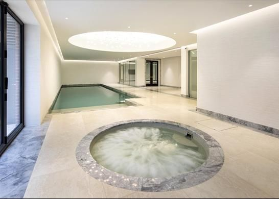 Swimming Pool N2 of The Bishops Avenue, London N2
