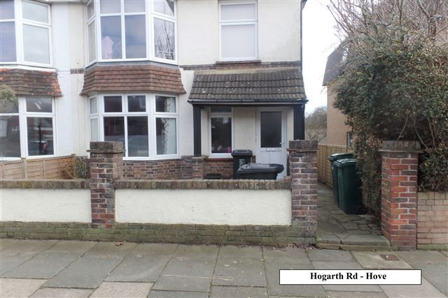 Thumbnail Semi-detached house to rent in Hogarth Road, Hove, East Sussex