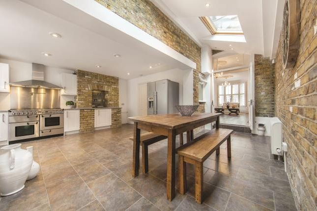 Thumbnail Terraced house to rent in Mallinson Road, London