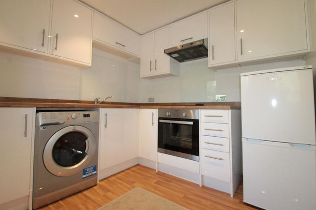 1 bed flat to rent in North Street, Carshalton
