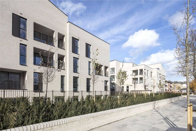 Thumbnail Property for sale in The Avenue, Queens Park, London
