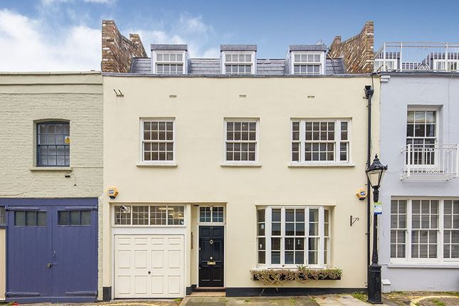 Thumbnail Detached house for sale in Ennismore Mews, Knightsbridge