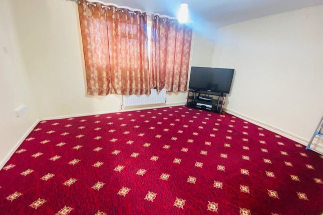 Property to rent in Wallis Road, Southall, Greater London
