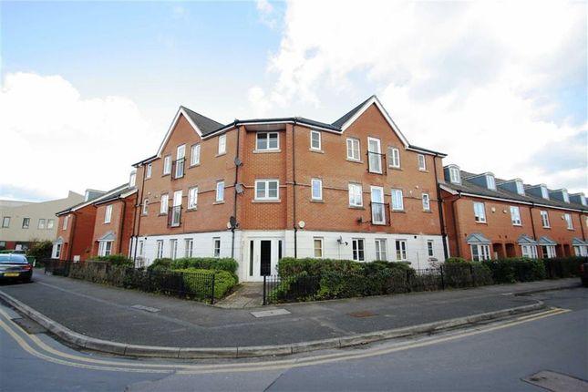 Thumbnail Flat to rent in York Road, Newbury