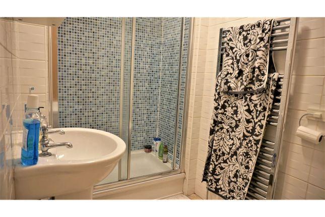 Bathroom of Clayton Street, Newcastle Upon Tyne NE1