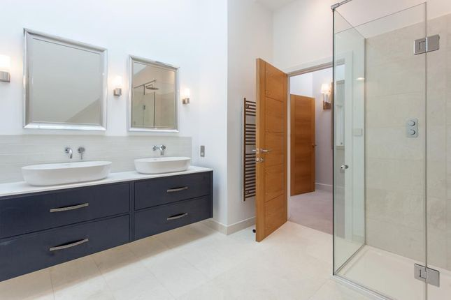 Master Ensuite of Arundells, Whitehall Lane, Checkendon RG8