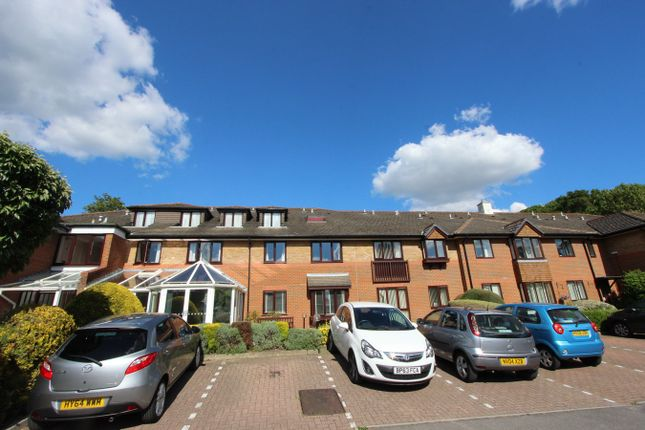 Property for sale in Sherwood Close, Bassett, Southampton