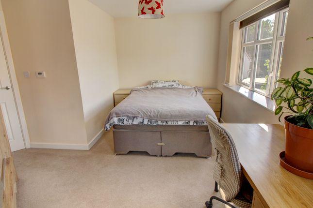 Bedroom One (Alt Angle)